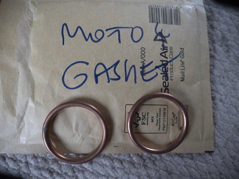 moto4 gaskets.jpg